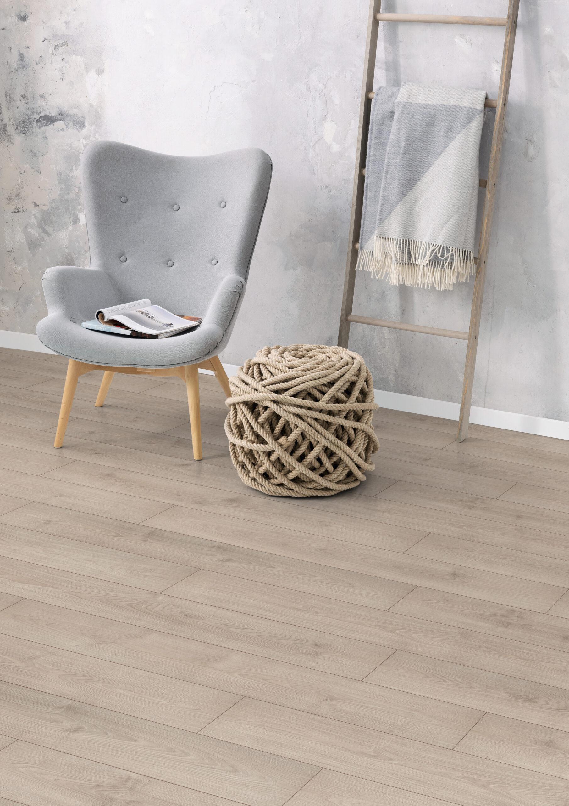 application;chair;Living Area;magazine;planket